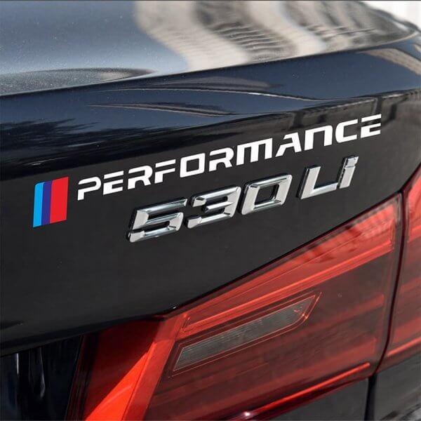 фото наклейки с логотипом bmw