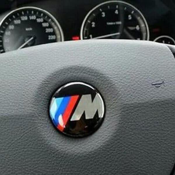 фото значок bmw m на руль